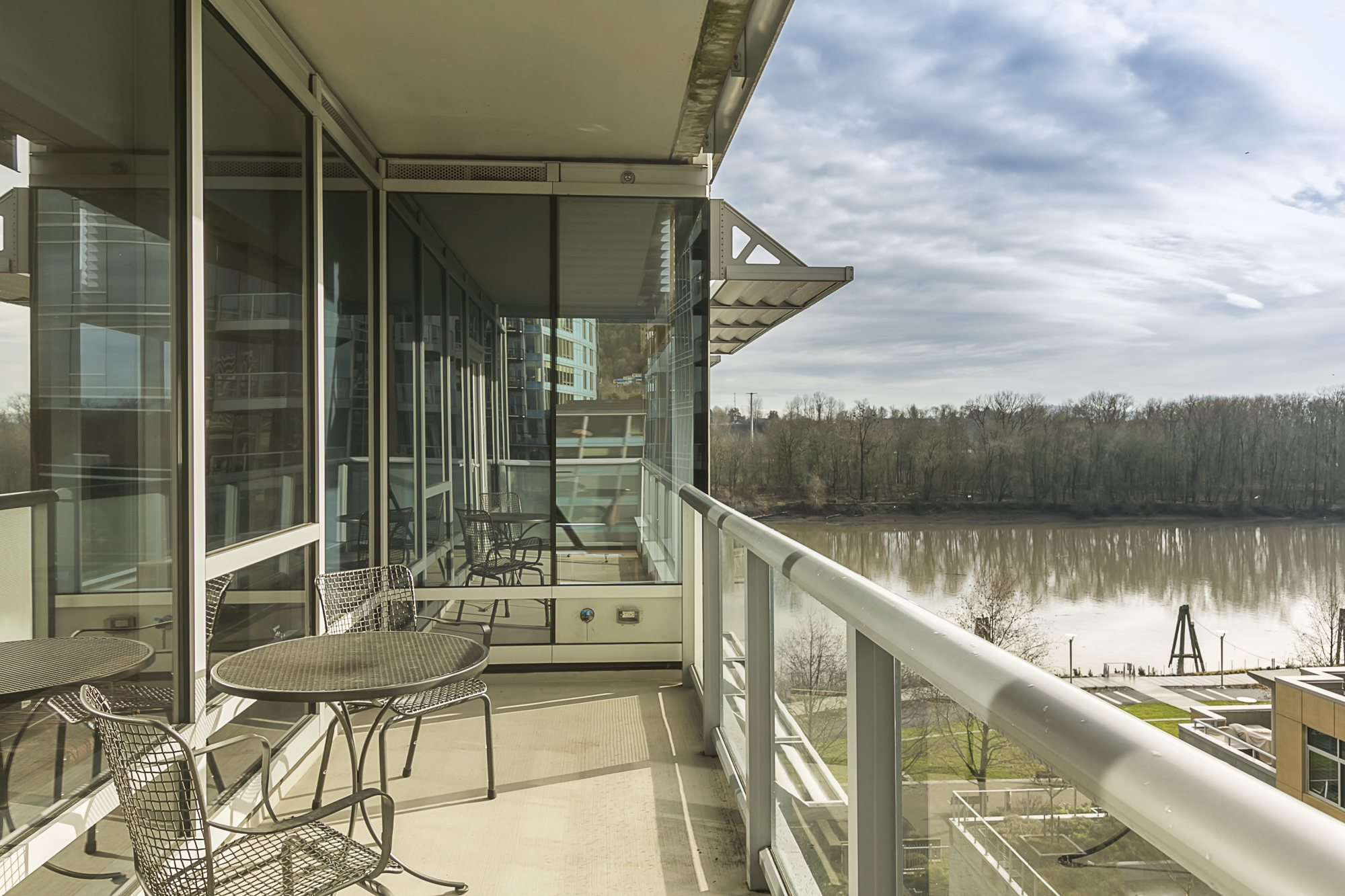 SOUTH WATERFRONT - MERIWETHER